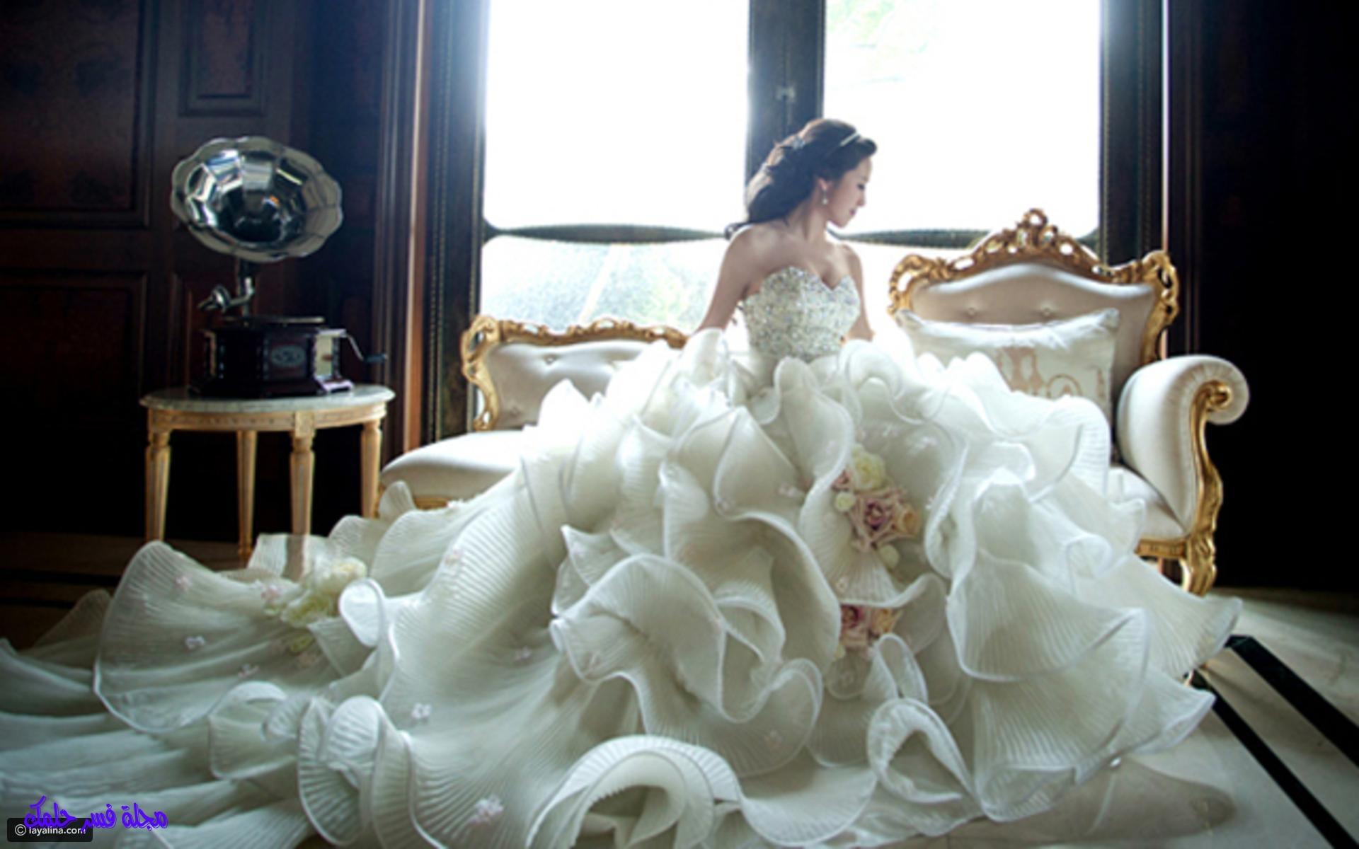 تفسير حلم الثوب الأبيض في المنام للمطلقة