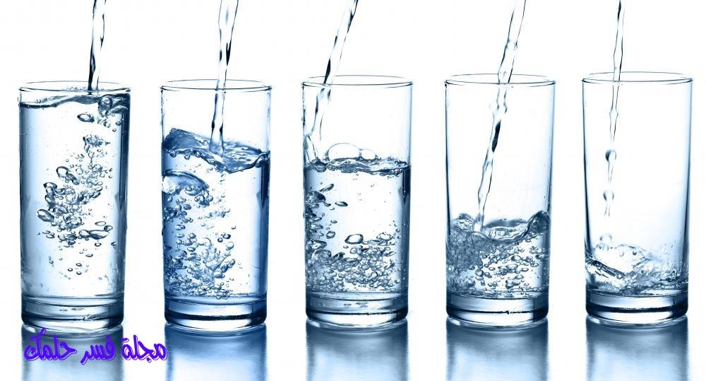 تفسير حلم الماء في المنام للأرملة