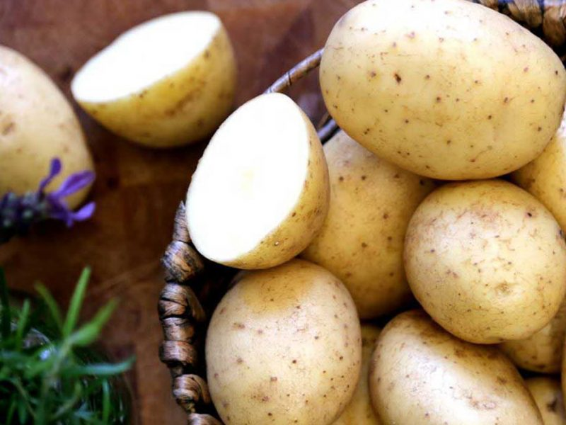تفسير حلم البطاطس في المنام للرجل والمرأة المتزوجة والحامل والعزباء تفسير البطاطس للمتزوجة