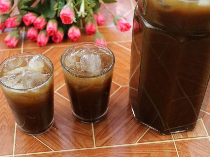 حضّري مشروب التمر الهندي البارد على مائدة إفطار وسحور رمضان