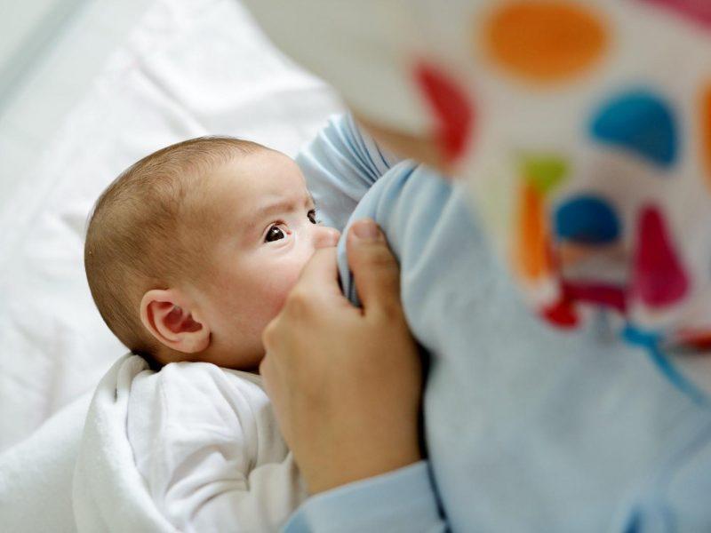تفسير رؤية الرضاعة في المنام