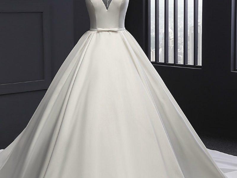 تفسير رؤية الفستان الأبيض في المنام
