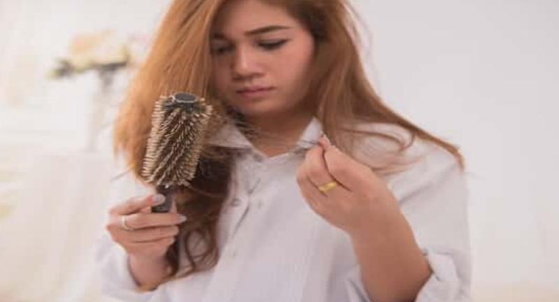 تفسير رؤية الشعر المتساقط في المنام